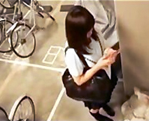 【JKレイプ動画】地下駐輪所での悲劇…背後に潜む強姦魔!逃げても無駄と強制中出しレイプ!