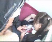 【痴漢レイプ動画】初体験は強姦魔に中出しされた過去...大人しいそうなJC少女が電車内で後ろから襲われ狙われる!