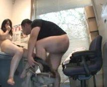 【ハメ撮りレイプ動画】変態コレクションに追加された個人撮影した強姦映像...中出しで大量精子がマンコから溢れ出す