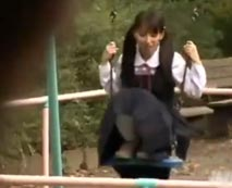 【JCレイプ動画】放課後に公園で遊ぶ中◯生のパンチラに性欲爆発した変態男の鬼畜行動がやばすぎ・・・