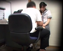 【盗撮動画】いけない子だなぁ...万引きした女子校生を脅してセックスする変態店長のハメ撮り映像...