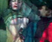 【本物レイプ動画】泥酔した色白のロシア少女が吐きながらクソ野郎に強姦される個人映像が笑えない・・・