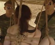 【レイプ動画】軍人兵士の集団が素人女性を拉致拘束して肉便器に!マンコ崩壊寸前のピストンで犯されるがまま...