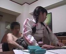 【JSレイプ動画】キチガイ家庭教師に調教セックスさせられる三つ編みツインテ少女の末路がこちら・・・