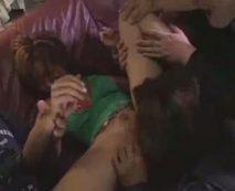 【集団レイプ動画】ナンパ断れた腹いせに生意気なギャルを輪姦!DQNチンポ5本で口と膣穴をめった刺し…