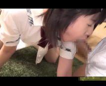 【JCレイプ動画】鬼畜の所業!マン毛も生えてない中学生っぽい少女を拉致って輪姦…