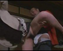 【家庭内レイプ】母親の再婚相手に強姦される女子校生!無垢なマンコを滅茶苦茶に犯され号泣アクメ…