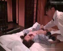 【無修正】一人旅のOLを睡眠薬で眠らせて昏睡レイプする旅館従業員の犯行記録・・・