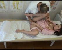 セクハラ整体師の秘蔵映像流出!患者の人妻を治療中に凌辱する…レイプ動画