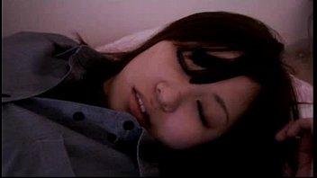 【無修正ガチレイプ動画】※リアル強姦映像流出!女子大生を睡眠薬で眠らせて昏睡中に中出し陵辱…