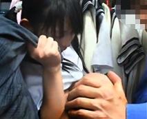 店員の乱暴なレイプ…制服を合わせに来た処女JCにブルマを履かせアブノーマルな独断プレイ